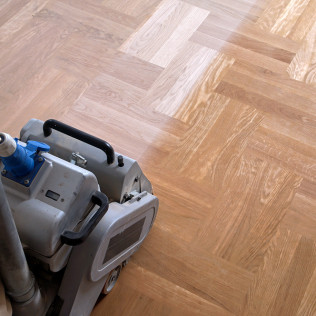 hardwood floor refinishing service in Missoula, MT